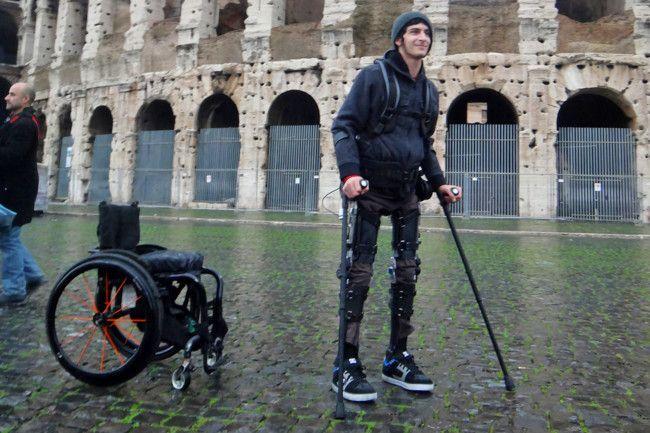 exoesqueleto paraplejicos y fisiomuro